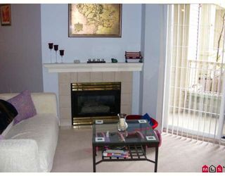 "Photo 2: 124 15268 105TH Avenue in Surrey: Guildford Condo for sale in ""Georgian Gardens"" (North Surrey)  : MLS®# F2808634"