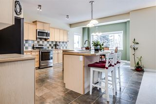 Photo 12: 142 WEST SPRINGS Place SW in Calgary: West Springs Detached for sale : MLS®# C4301282