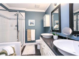"""Photo 15: 15053 27A Avenue in Surrey: Sunnyside Park Surrey Townhouse for sale in """"DAVENTRY"""" (South Surrey White Rock)  : MLS®# F1421884"""