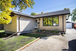 Photo 2: 161 Crestwood Crescent in Winnipeg: Windsor Park Residential for sale (2G)  : MLS®# 202023611