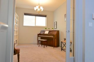 Photo 12: 130 Nolanshire Crescent NW in Calgary: Nolan Hill Detached for sale : MLS®# A1104088