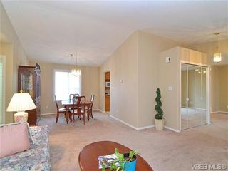 Photo 11: 83 Wolf Lane in VICTORIA: VR Glentana Manufactured Home for sale (View Royal)  : MLS®# 654383