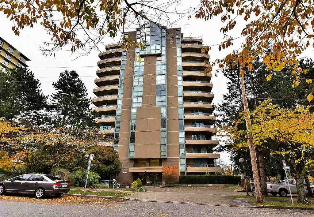 """Main Photo: 820 7288 ACORN Avenue in Burnaby: Highgate Condo for sale in """"THE DUNHILL"""" (Burnaby South)  : MLS®# R2120108"""