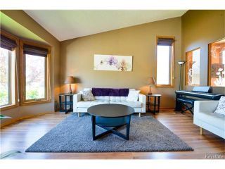 Photo 4: 279 Columbia Drive in Winnipeg: Whyte Ridge Residential for sale (1P)  : MLS®# 1712727