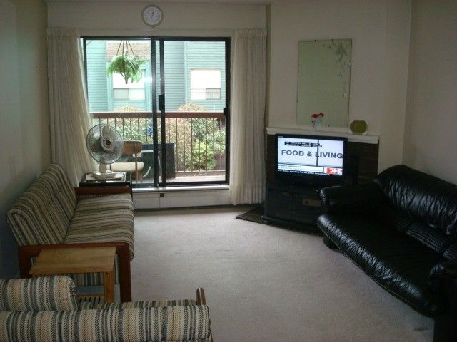 """Photo 2: Photos: 126 8500 ACKROYD Road in Richmond: Brighouse Condo for sale in """"WESTHAMPTON COURT"""" : MLS®# V992566"""