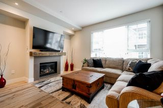 """Photo 3: 128 2501 161A Street in Surrey: Grandview Surrey Townhouse for sale in """"HIGHLAND PARK"""" (South Surrey White Rock)  : MLS®# R2563908"""