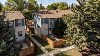 Photo 4: 38 WILLOWDALE Place NW in Edmonton: Zone 20 Townhouse for sale : MLS®# E4263337