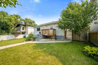 Photo 3: 3212 4A Street NW in Calgary: Mount Pleasant Detached for sale : MLS®# A1131998