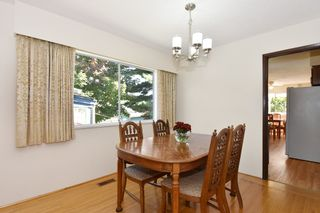 "Photo 6: 126 E 18TH Avenue in Vancouver: Main House for sale in ""MAIN"" (Vancouver East)  : MLS®# V1143362"