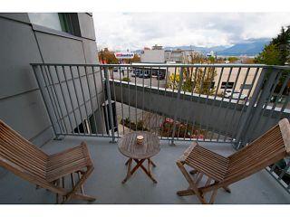 "Photo 5: 318 328 E 11TH Avenue in Vancouver: Mount Pleasant VE Condo for sale in ""Uno"" (Vancouver East)  : MLS®# V1061290"