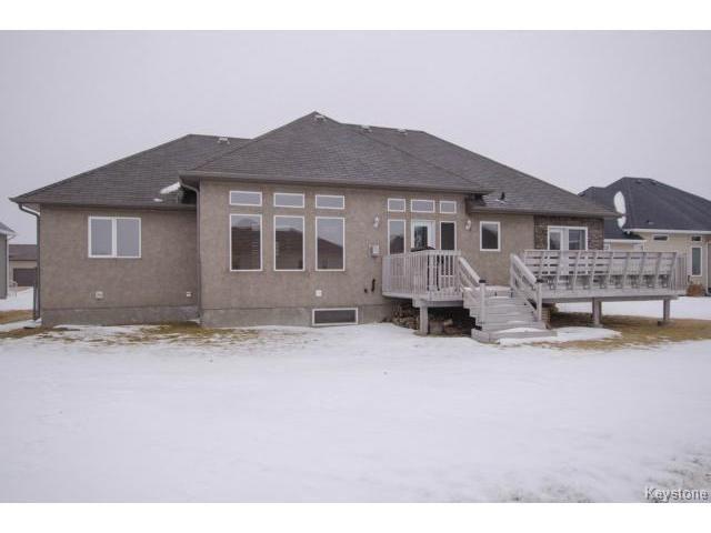 Photo 18: Photos: 45 TYLER Bay in OAKBANK: Anola / Dugald / Hazelridge / Oakbank / Vivian Residential for sale (Winnipeg area)  : MLS®# 1502001
