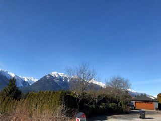 "Photo 2: 2015 GLACIER VIEW Drive in Squamish: Garibaldi Highlands Land for sale in ""Garibaldi Highlands"" : MLS®# R2539350"