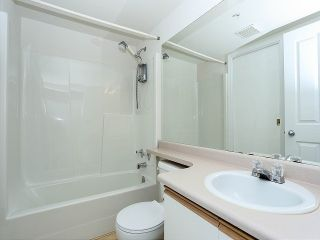 """Photo 9: 101 20881 56TH Avenue in Langley: Langley City Condo for sale in """"ROBERTS COURT"""" : MLS®# F1322698"""