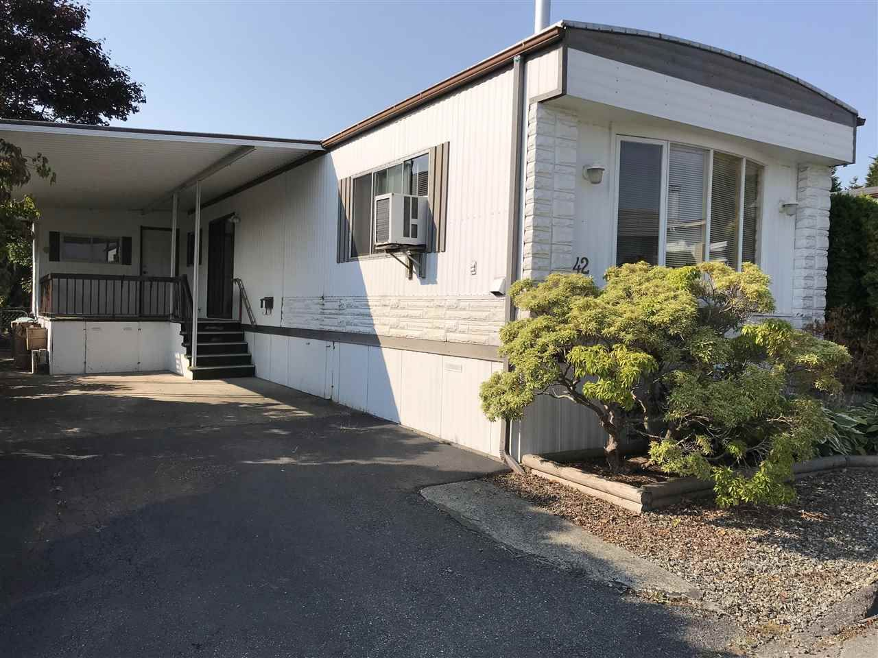 "Main Photo: 42 15875 20 Avenue in Surrey: King George Corridor Manufactured Home for sale in ""SEA RIDGE"" (South Surrey White Rock)  : MLS®# R2300530"