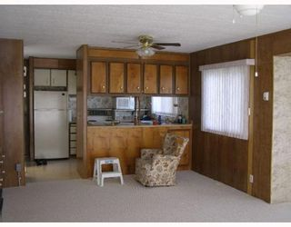 """Photo 5: 7 4116 BROWNING Road in Sechelt: Sechelt District Manufactured Home for sale in """"ROCKLAND WYND"""" (Sunshine Coast)  : MLS®# V759648"""