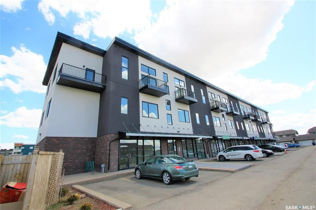 Main Photo: 304 419 Willowgrove Square in Saskatoon: Willowgrove Residential for sale : MLS®# SK809576