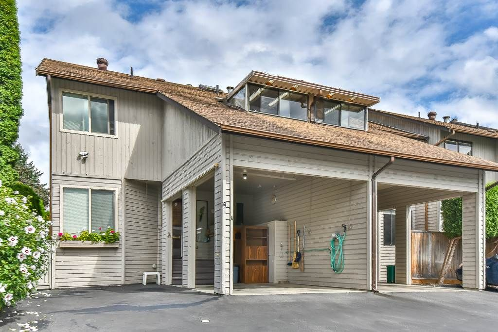 "Main Photo: A 33871 MARSHALL Road in Abbotsford: Central Abbotsford Townhouse for sale in ""Marshall Heights"" : MLS®# R2494267"