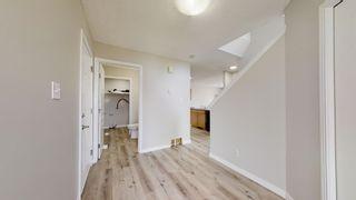Photo 5: 2117 37A Avenue in Edmonton: Zone 30 House for sale : MLS®# E4247532