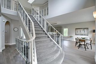 Photo 19: 430 Sierra Madre Court SW in Calgary: Signal Hill Detached for sale : MLS®# A1100260