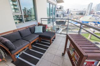 """Photo 14: 901 120 MILROSS Avenue in Vancouver: Mount Pleasant VE Condo for sale in """"The Brighton"""" (Vancouver East)  : MLS®# R2223429"""