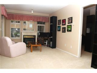 """Photo 5: 202 5518 14TH Avenue in Tsawwassen: Cliff Drive Condo for sale in """"WINDSOR WOODS"""" : MLS®# V964579"""