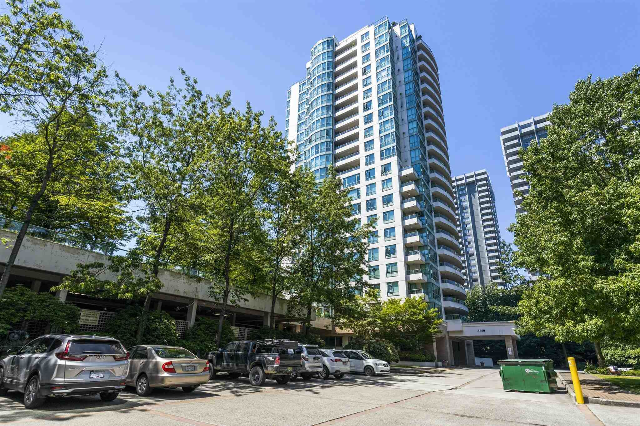 """Main Photo: 802 5899 WILSON Avenue in Burnaby: Central Park BS Condo for sale in """"PARAMOUNT 2"""" (Burnaby South)  : MLS®# R2600399"""