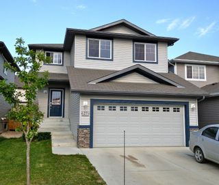Photo 1: 27 Selkirk Place: Leduc House for sale : MLS®# E3343922