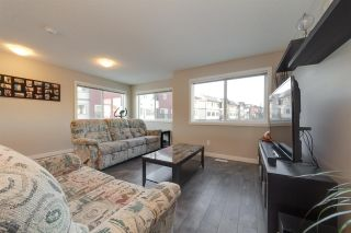Photo 5: 1604 33A Street NW in Edmonton: Zone 30 Townhouse for sale : MLS®# E4224565