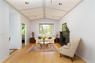 Photo 2: 2052 Jones Ave in North Vancouver: Central Lonsdale House for sale : MLS®# R2289398