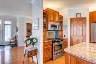 Photo 6: 6616 SANDIN Cove in Edmonton: Zone 14 House Half Duplex for sale : MLS®# E4262068