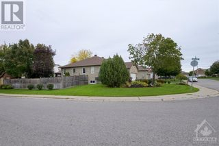 Photo 3: 101 VAUGHAN STREET in Almonte: House for sale : MLS®# 1265308