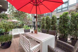 """Photo 4: 4 3508 MT SEYMOUR Parkway in North Vancouver: Northlands Townhouse for sale in """"Parkgate"""" : MLS®# R2282114"""