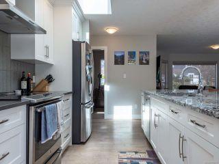 Photo 3: 617 Springbok Rd in CAMPBELL RIVER: CR Campbell River Central House for sale (Campbell River)  : MLS®# 809864
