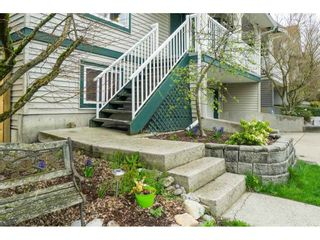 """Photo 2: 6627 205 Street in Langley: Willoughby Heights House for sale in """"WILLOW RIDGE"""" : MLS®# R2407803"""