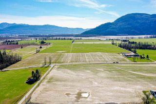 Photo 10: 37AC LOUGHEED Highway in Mission: Dewdney Deroche Agri-Business for sale : MLS®# C8037147