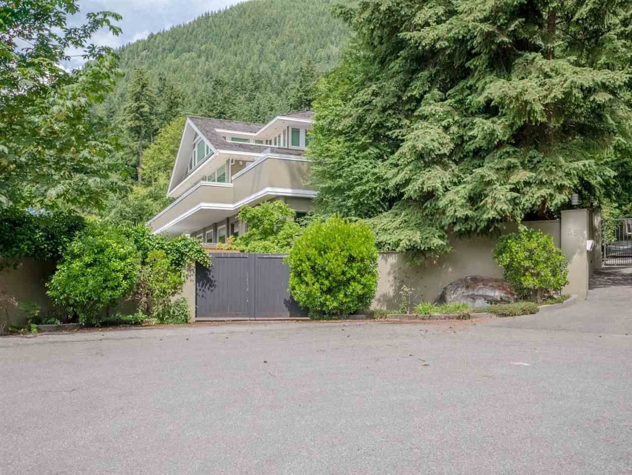 Main Photo: 55 CREEKVIEW PLACE: Lions Bay House for sale (West Vancouver)  : MLS®# R2084524