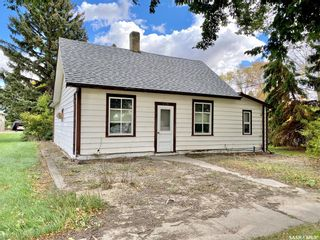 Photo 2: 119 Kennedy Street in Conquest: Residential for sale : MLS®# SK871298