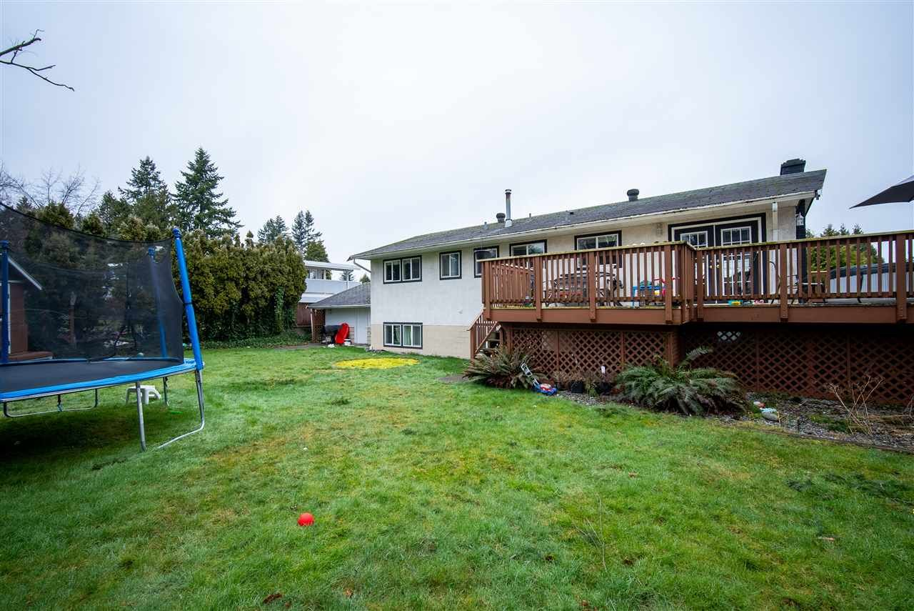Photo 10: Photos: 2317 CASCADE Street in Abbotsford: Abbotsford West House for sale : MLS®# R2549498