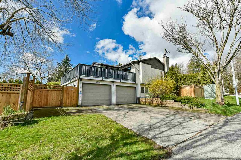 FEATURED LISTING: 19370 64 Avenue Surrey