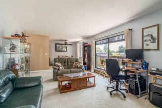 """Photo 11: 415 9672 134 Street in Surrey: Whalley Condo for sale in """"PARKWOOD-DOGWOOD"""" (North Surrey)  : MLS®# R2171533"""