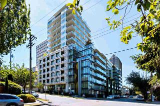 "Photo 1: 2405 HEATHER Street in Vancouver: Fairview VW Townhouse for sale in ""700 WEST 8TH"" (Vancouver West)  : MLS®# R2366688"