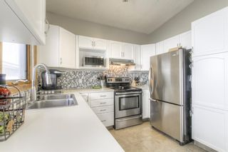 Photo 7: 45 Riverside Crescent SE in Calgary: Riverbend Detached for sale : MLS®# A1091376