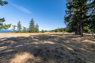 Photo 6: 1739 Astra Rd in : CV Comox Peninsula House for sale (Comox Valley)  : MLS®# 884966