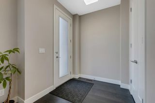 Photo 2: 1 2111 26 Avenue SW in Calgary: Richmond Row/Townhouse for sale : MLS®# A1101416