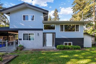 Photo 1: 429 Atkins Ave in Langford: La Atkins House for sale : MLS®# 839041