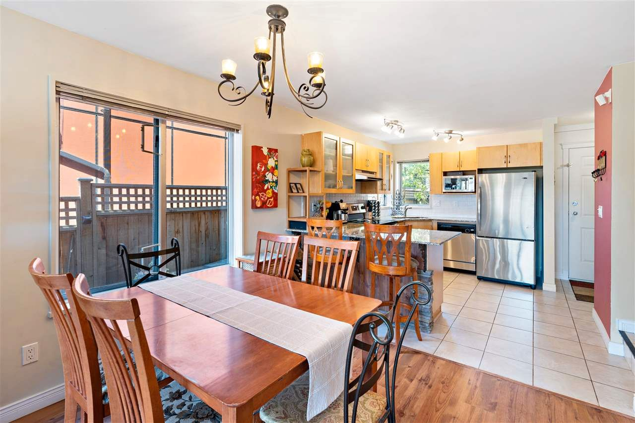 Photo 7: Photos: C 229 W 5TH Street in North Vancouver: Lower Lonsdale 1/2 Duplex for sale : MLS®# R2589308