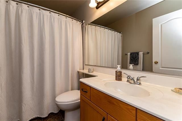 Photo 13: Photos: 49 Gobert Crescent in Winnipeg: River Park South Residential for sale (2F)  : MLS®# 1913790
