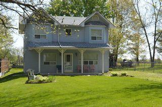 Photo 1: 2519 Lakeshore Drive in Ramara: Brechin House (2-Storey) for sale : MLS®# S4463780