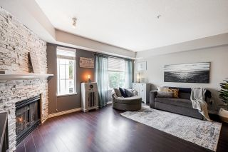 Photo 3: 2 20540 66 Avenue in Langley: Willoughby Heights Townhouse for sale : MLS®# R2619688