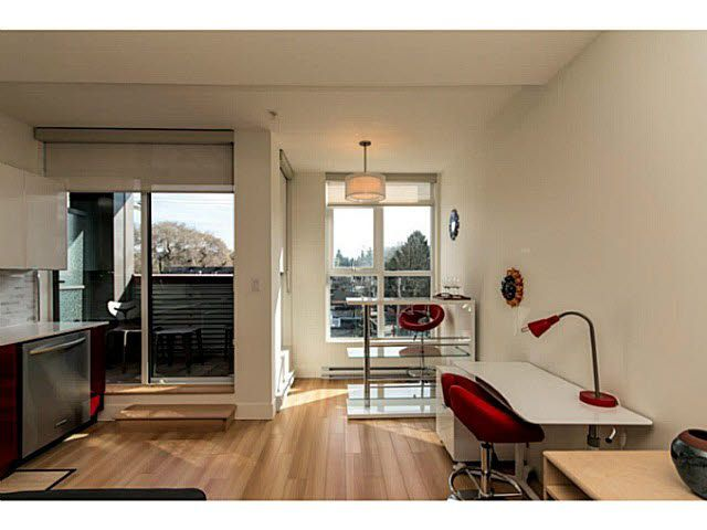 """Main Photo: 305 2250 COMMERCIAL Drive in Vancouver: Grandview VE Condo for sale in """"THE MARQUEE ON THE DRIVE"""" (Vancouver East)  : MLS®# V1109784"""